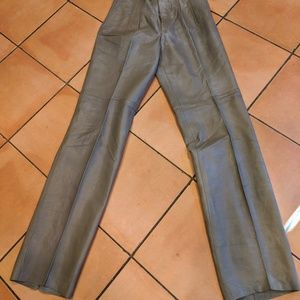 New soft Taupe leather 32 taperd pants unisex